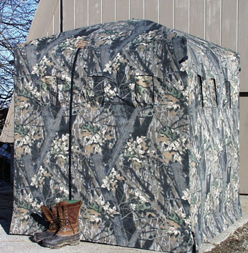Build Your Own Ground Blind http://www.turkeyhuntingsecrets.com/store/store-blinds-oakhollow-custom.htm